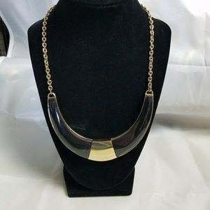 Jewelry - Black And Gold Statement Necklace
